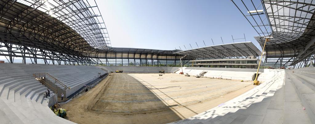 Was kostet Scheiders Songcontest-Stadiondach? Weiß er es überhaupt?